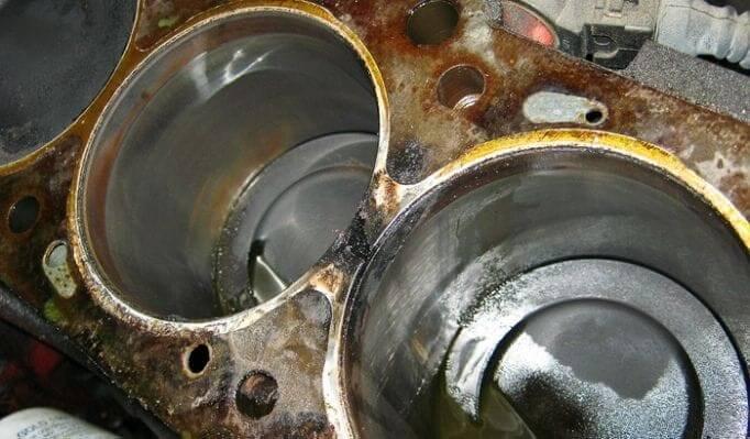 A damage cylinder head
