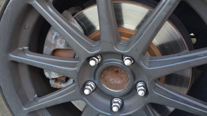 how the discs help to produce stopping power