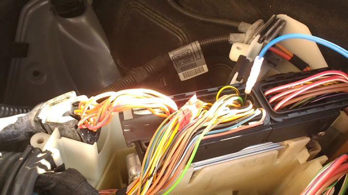 testing a fuel metering valve