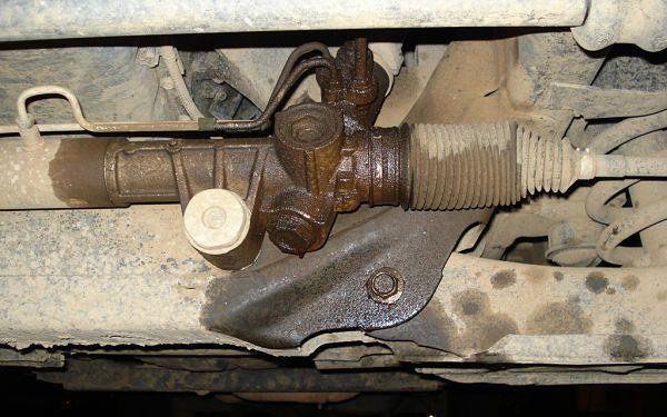 leaking steering rack
