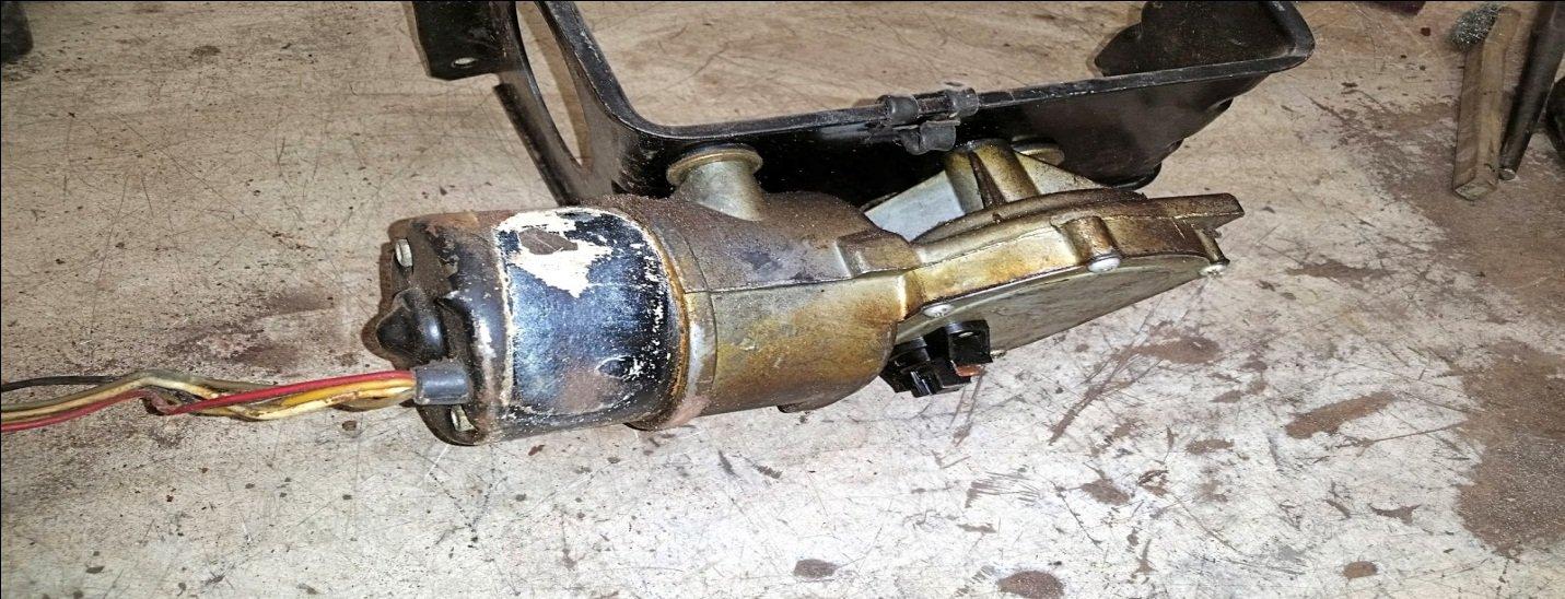 broken windshield wiper motor