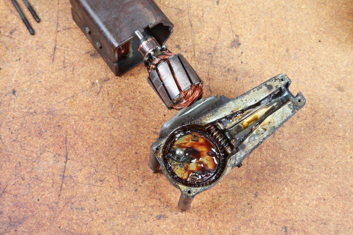 wiper motor disassembled for repair